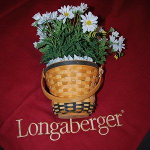 Longaberger May Series Daisy Basket + Accessories